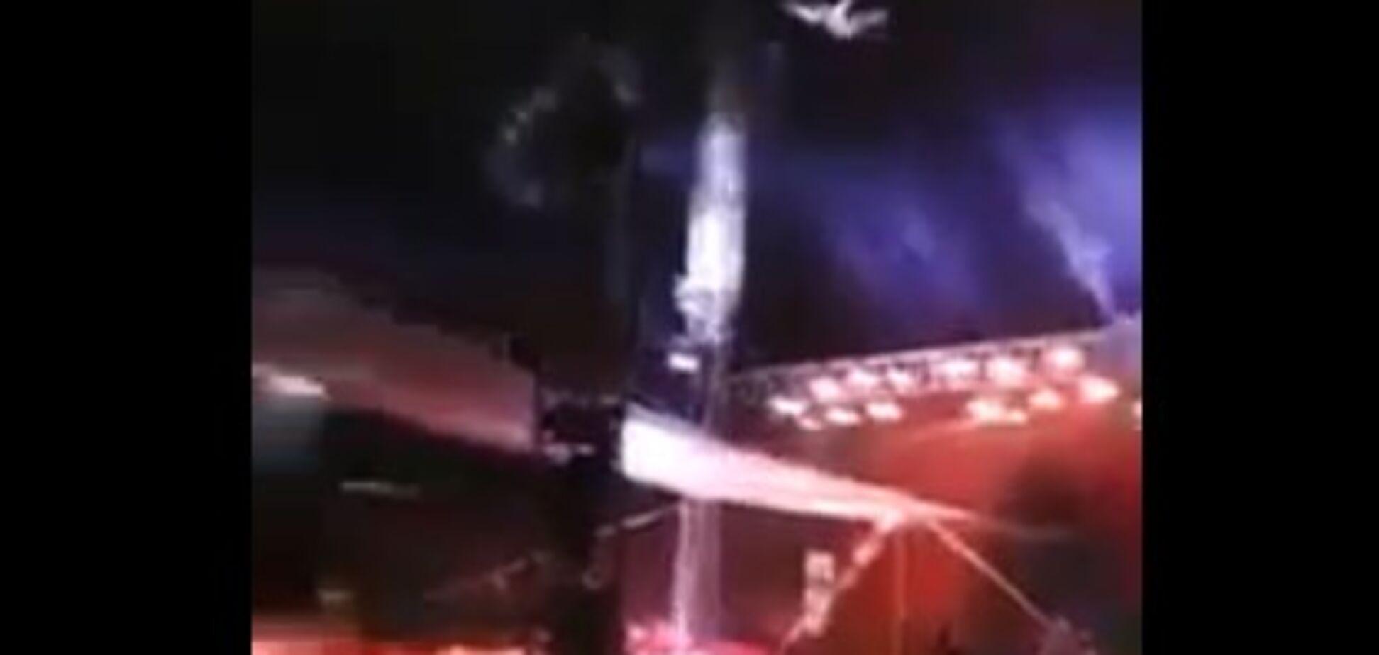 Людина-ядро схибила: жахливий інцидент у цирку потрапив на відео