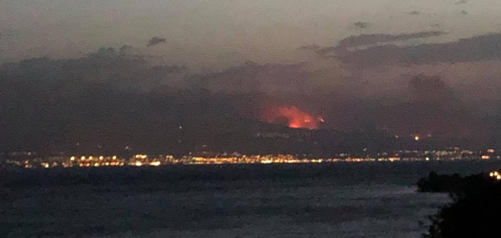 'Ледь вибралися': нардеп потрапив у епіцентр пожежі в Греції