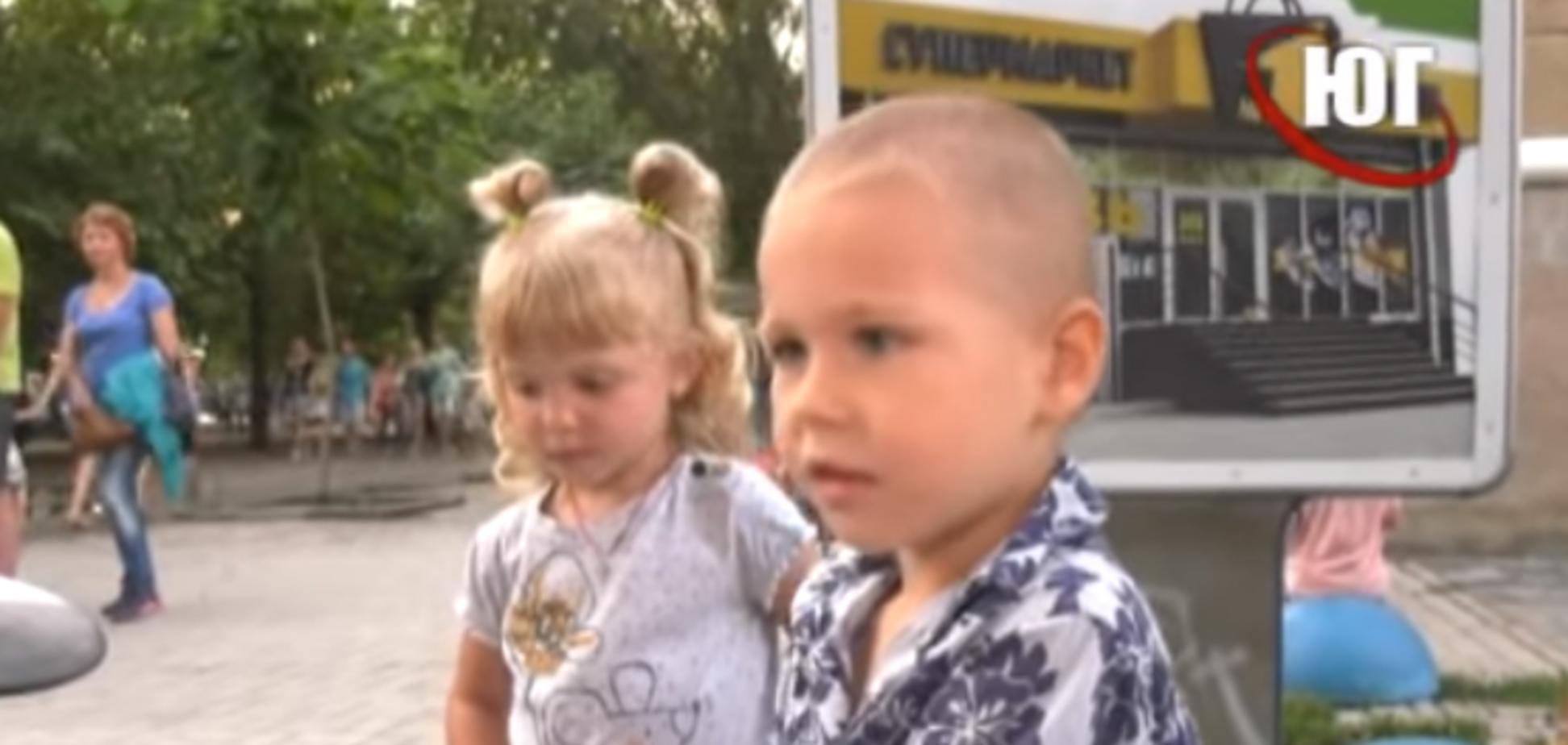 Юный музыкант собирает толпы поклонников на курорте в Украине: видео