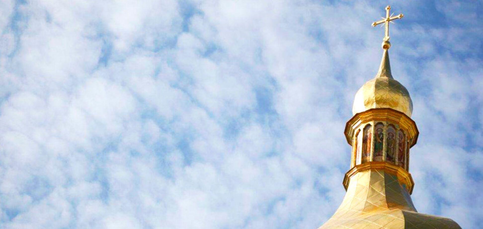 Підключили екс-регіоналів: Кремль видав новий фейк про єдину церкву