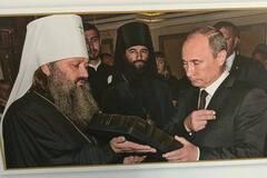 І Путін, і фашисти: в УПЦ МП висловилися про скандал із фото у Лаврі