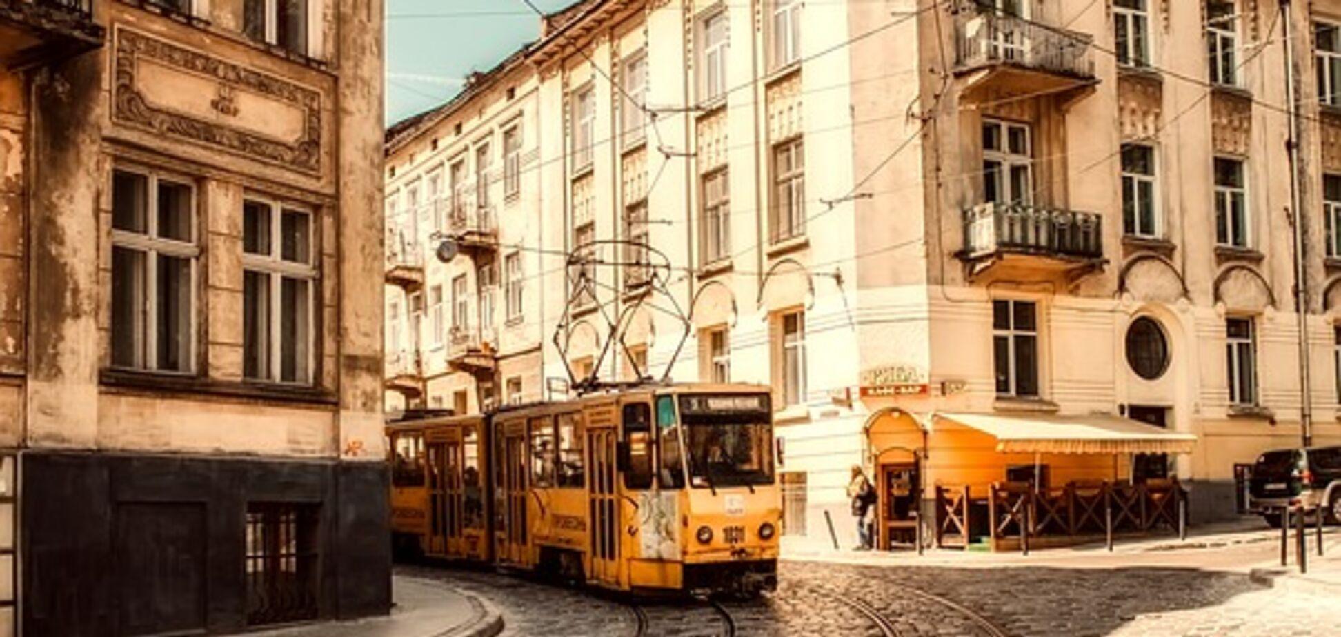 'Один притворился глухонемым': экс-контролер рассказал, как хитрят украинцы в транспорте