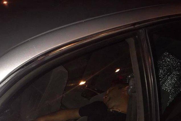 Нассать вынимая порно полтаве в машине такси позволь