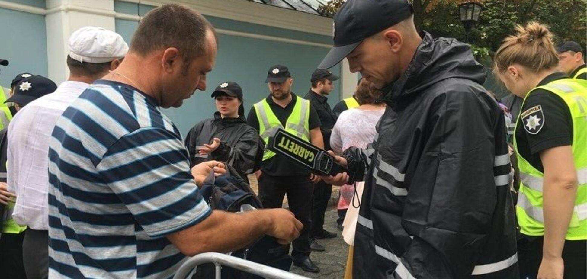 В Киеве прошел Крестный ход УПЦ МП: все подробности, фото и видео