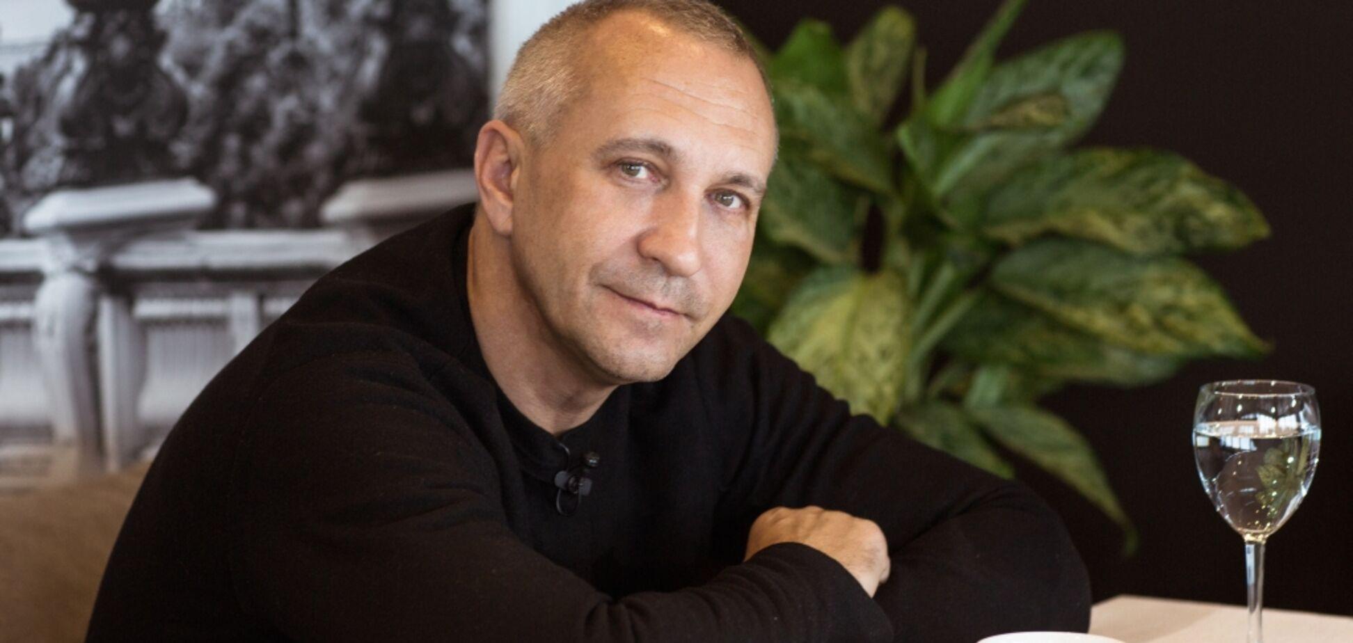 Работавшему на оккупантов политтехнологу запретили въезд в Украину