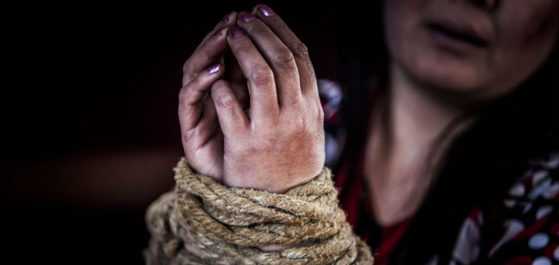 Шукали роботу, а потрапили у рабство: українки розповіли, як стали жертвами торгівлі людьми