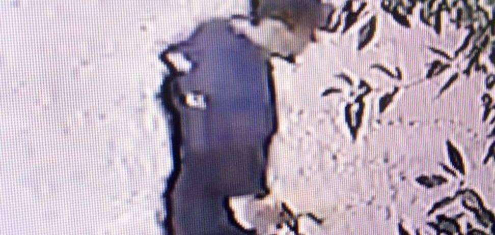 В Херсоне активистку облили кислотой: нападавший попал на видео