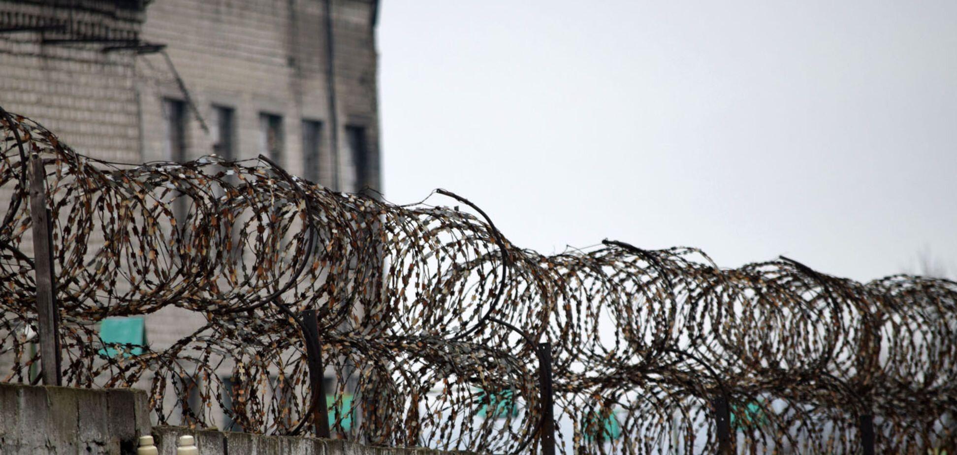 В'язниці і тортури: в 'ЛДНР' організували бізнес на росіянах