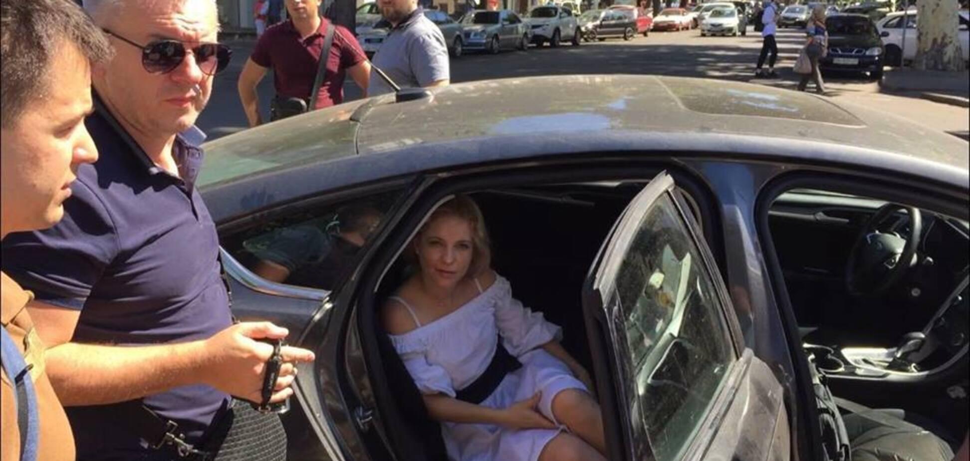 Начальника-копа з Одеси спіймали на хабарі: що про неї відомо