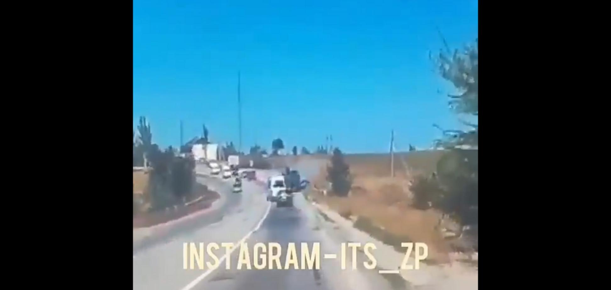Страшна аварія з маршруткою під Запоріжжям: момент зіткнення потрапив на відео