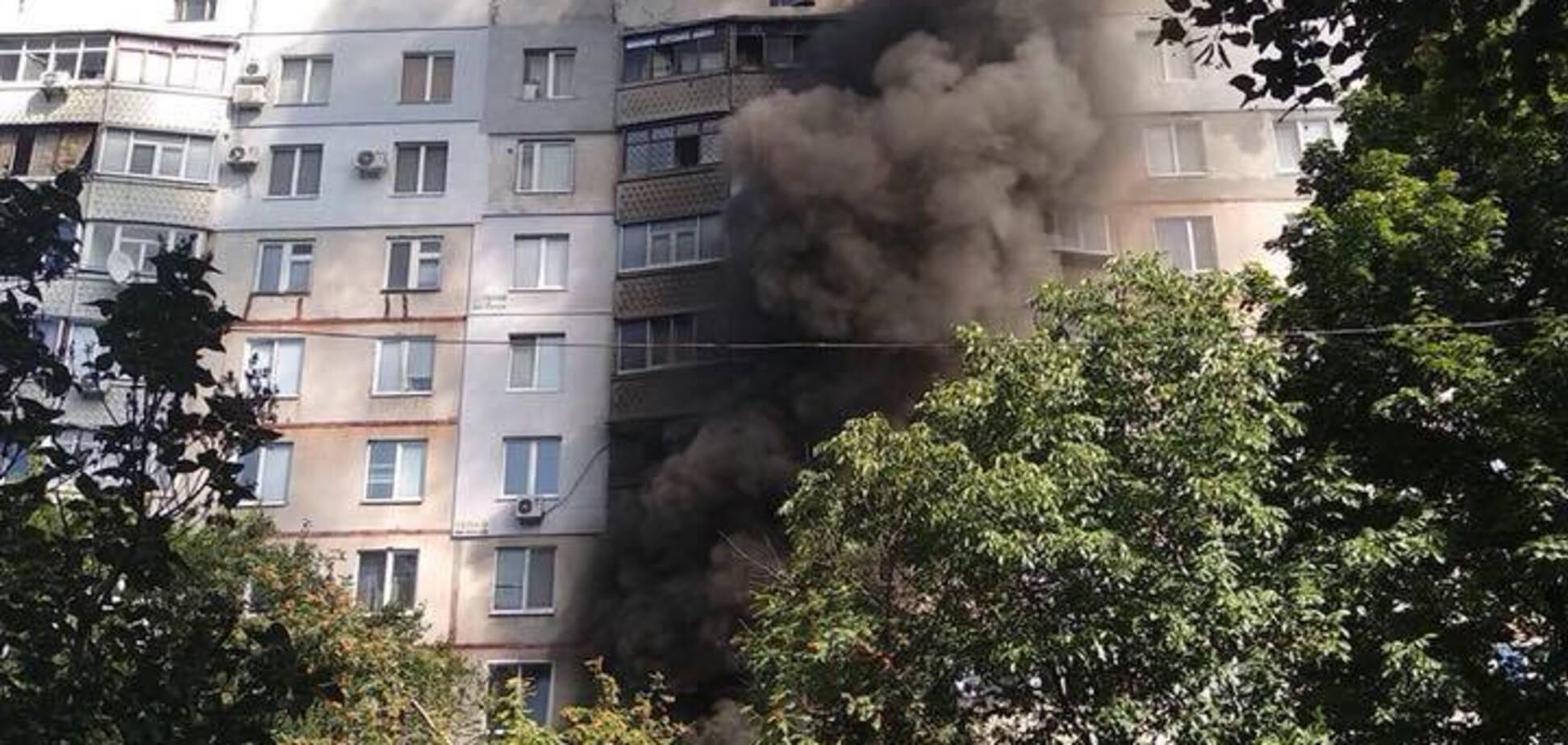 Вилітали вікна і двері: у Харкові прогримів потужний вибух. Перші фото і відео