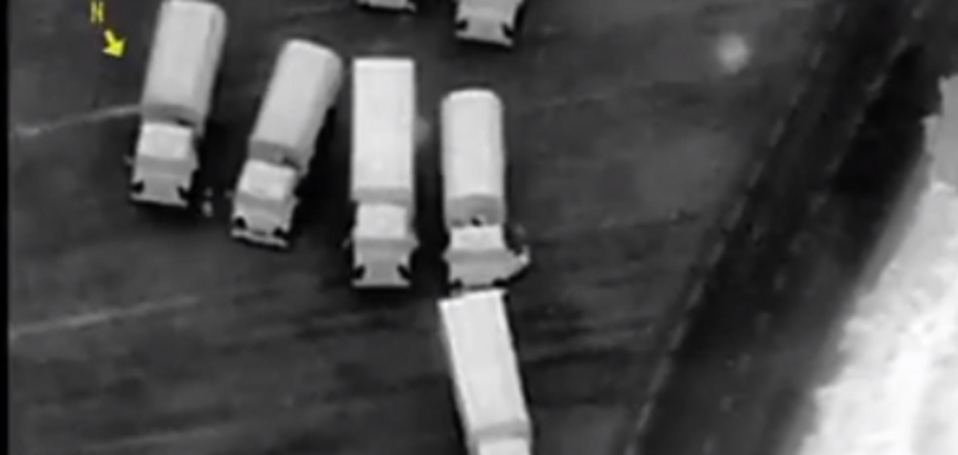 Росія вночі ввела в Україну військову техніку: з'явилися секретні кадри