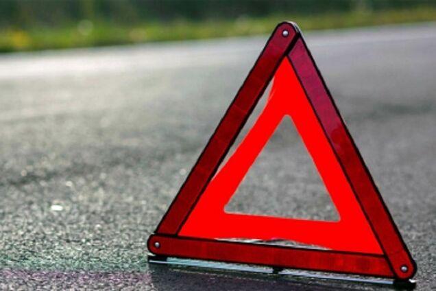 На Запорожском курорте внедорожник сбил 10-летнюю девочку