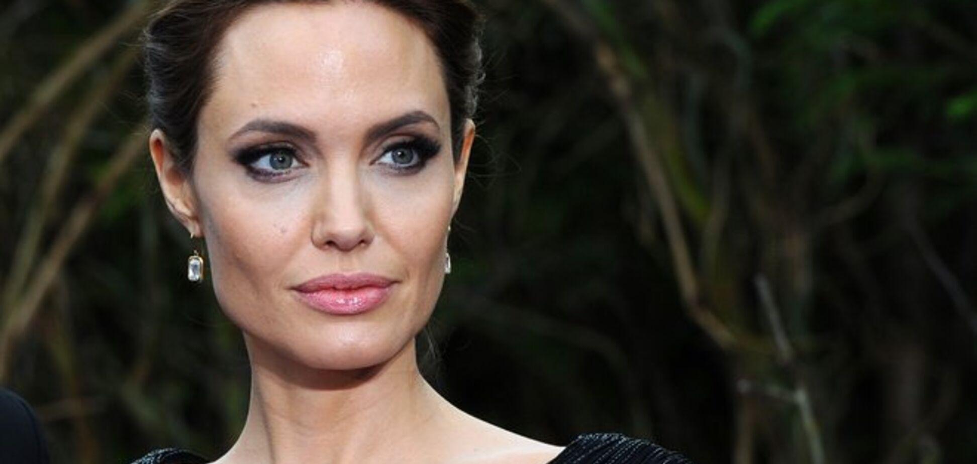Анджеліна Джолі лягла до психіатричної клініки: що сталося з актрисою
