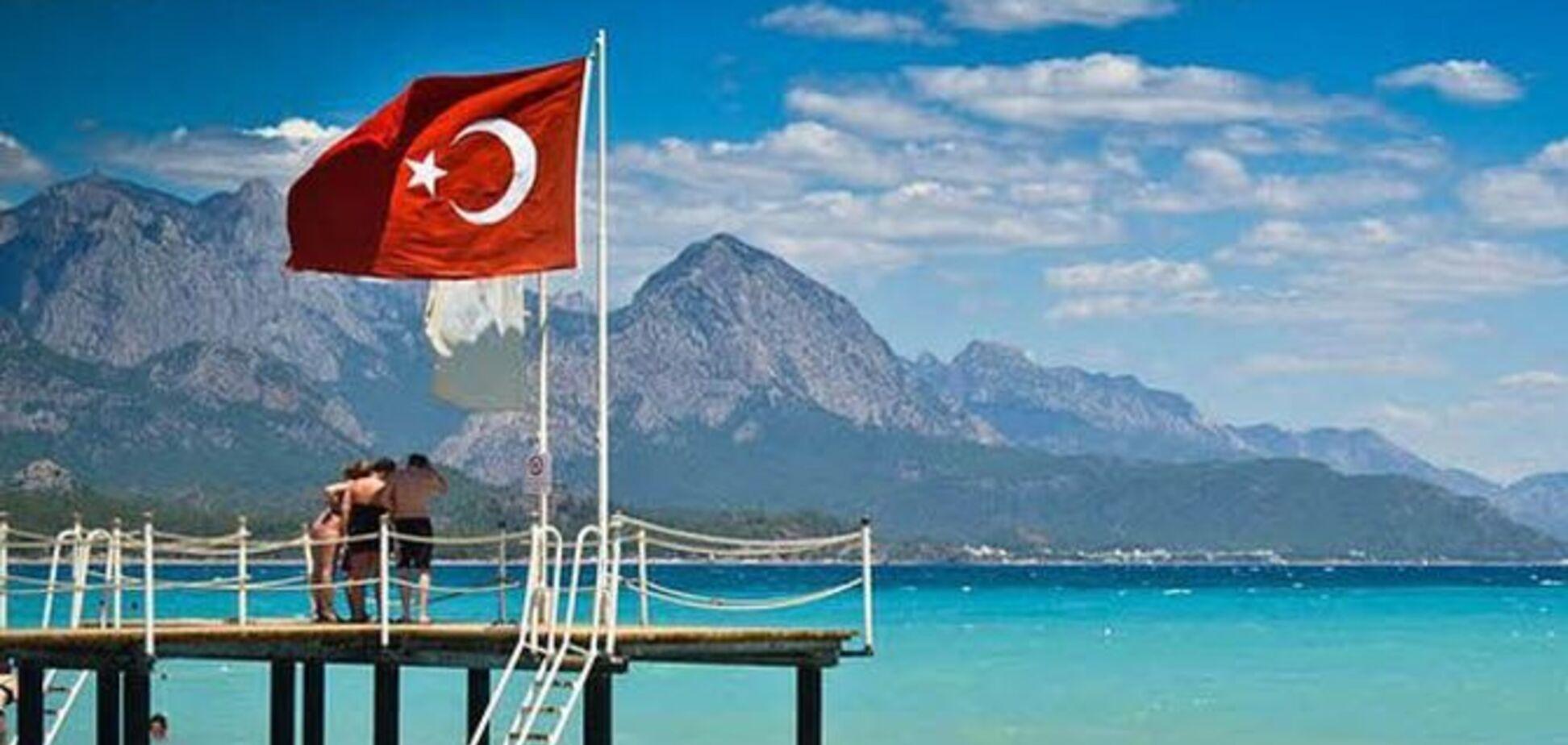 Ліра обвалилася: експерти пояснили, як зміняться ціни на відпочинок у Туреччині