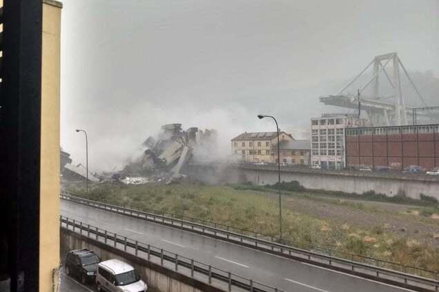 В Италии рухнул автомобильный мост: есть пострадавшие