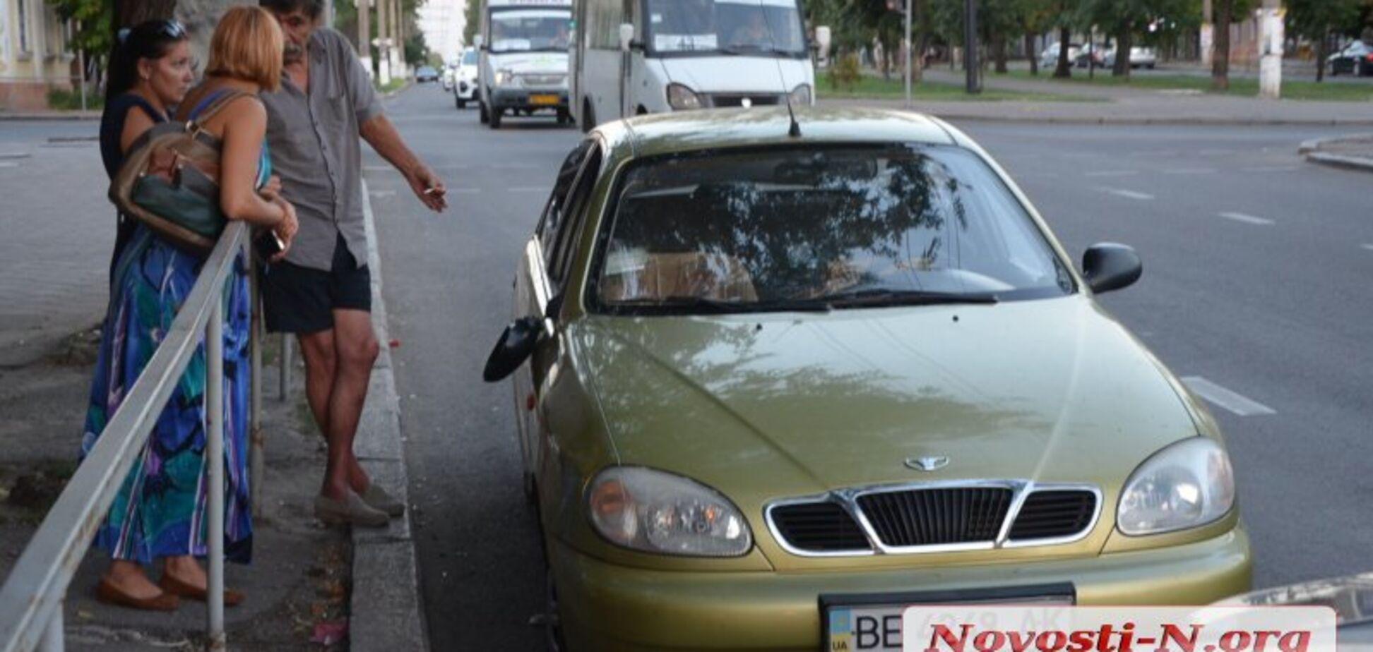Збив жінку з дитиною: у Миколаєві очевидці ДТП влаштували самосуд
