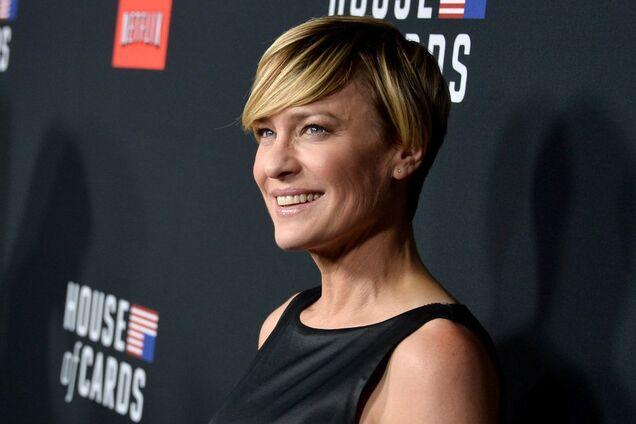 52-летняя звезда Голливуда вышла замуж за молодого ухажера