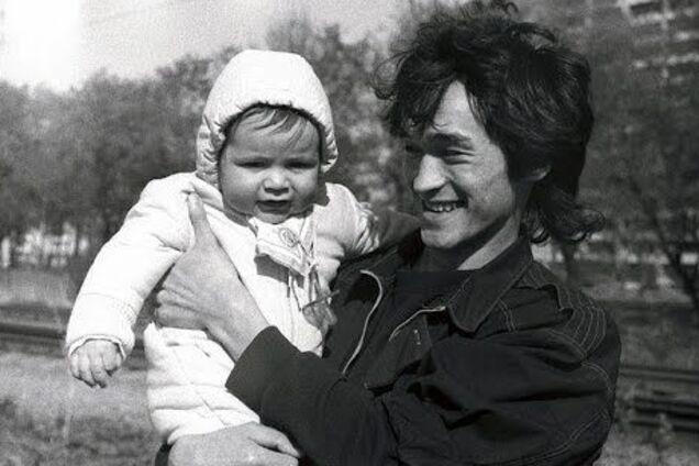 День гибели Цоя: как спустя 28 лет живет сын рок-легенды