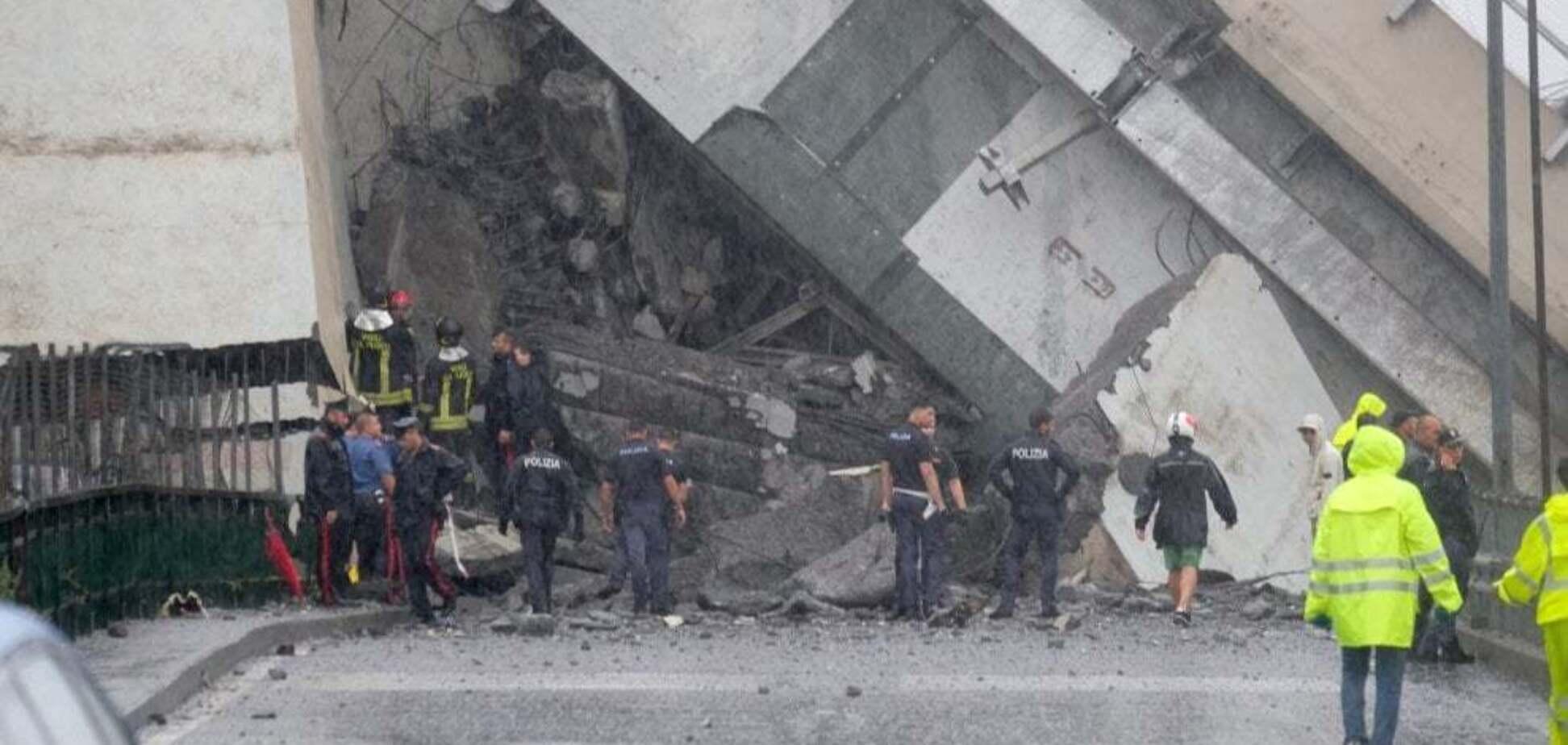 Обвал мосту в Генуї: під завалами ще шукають десятки людей