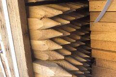 Контрабанда лісу: українські митники затримали партію рідкісної деревини