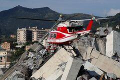 Обвал моста в Генуе: появились эксклюзивные кадры спасения чудом уцелевшей украинки