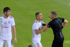 Український футболіст влаштував 'кориду' з арбітром і поплатився - опубліковано відео