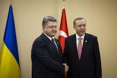 Порошенко передал тайное послание Эрдогану: рассекречены первые детали
