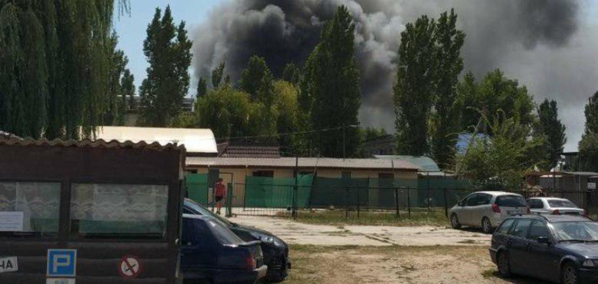 На відомому українському курорті сталася масштабна пожежа: є постраждалі