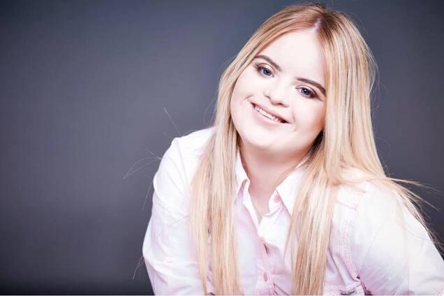Модель с синдромом Дауна выиграла престижный конкурс красоты: ее фото