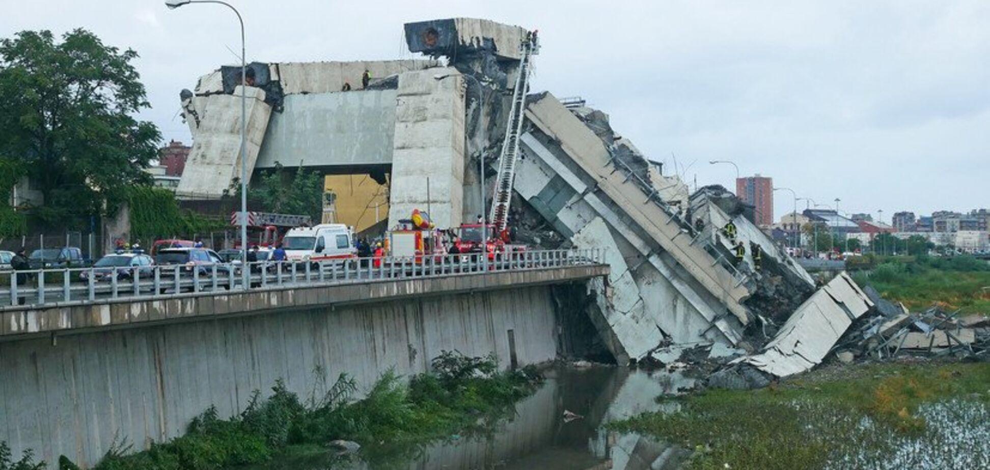 Трагедія в Генуї: поліція показала відео обвалу моста