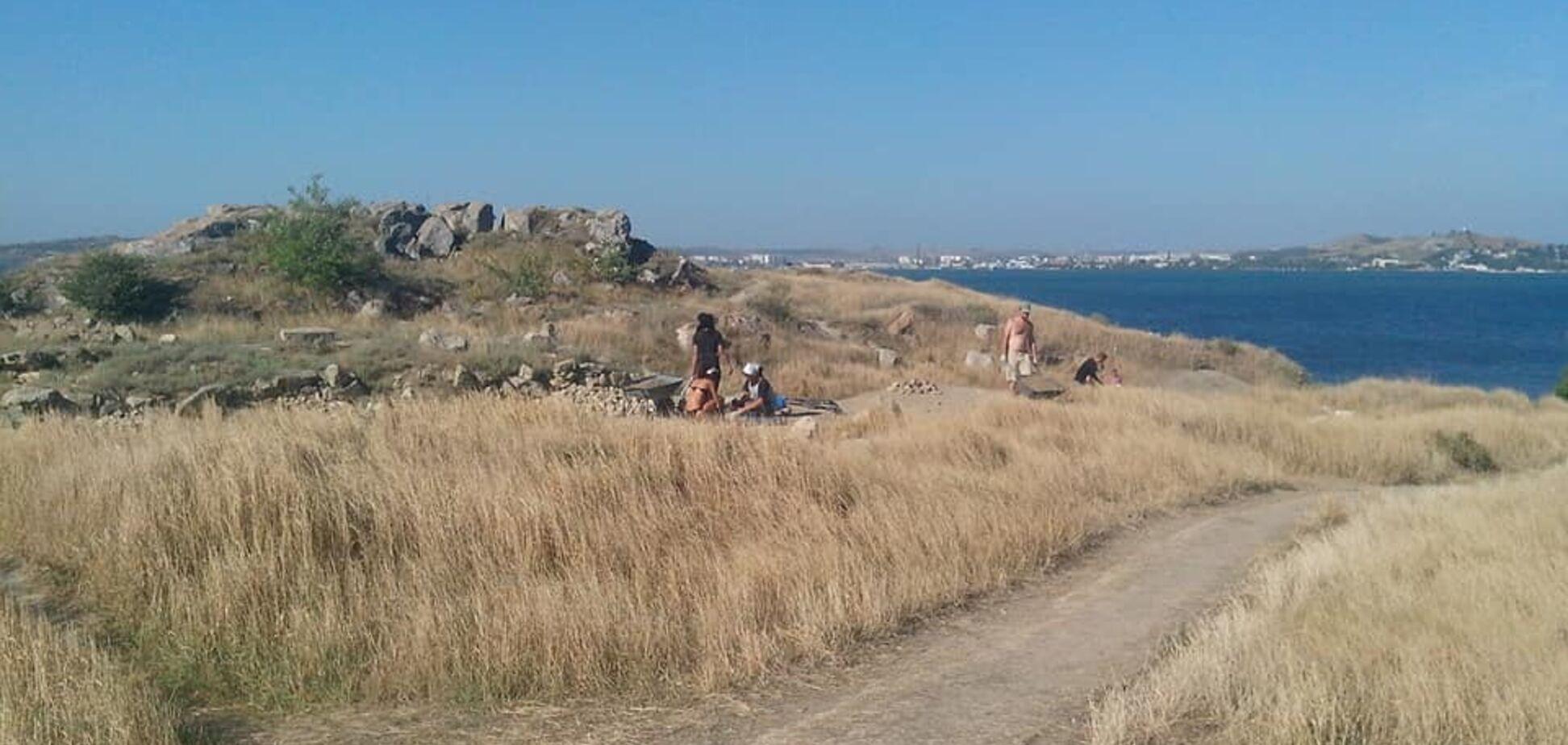 Россияне высадили в Крыму археологический десант