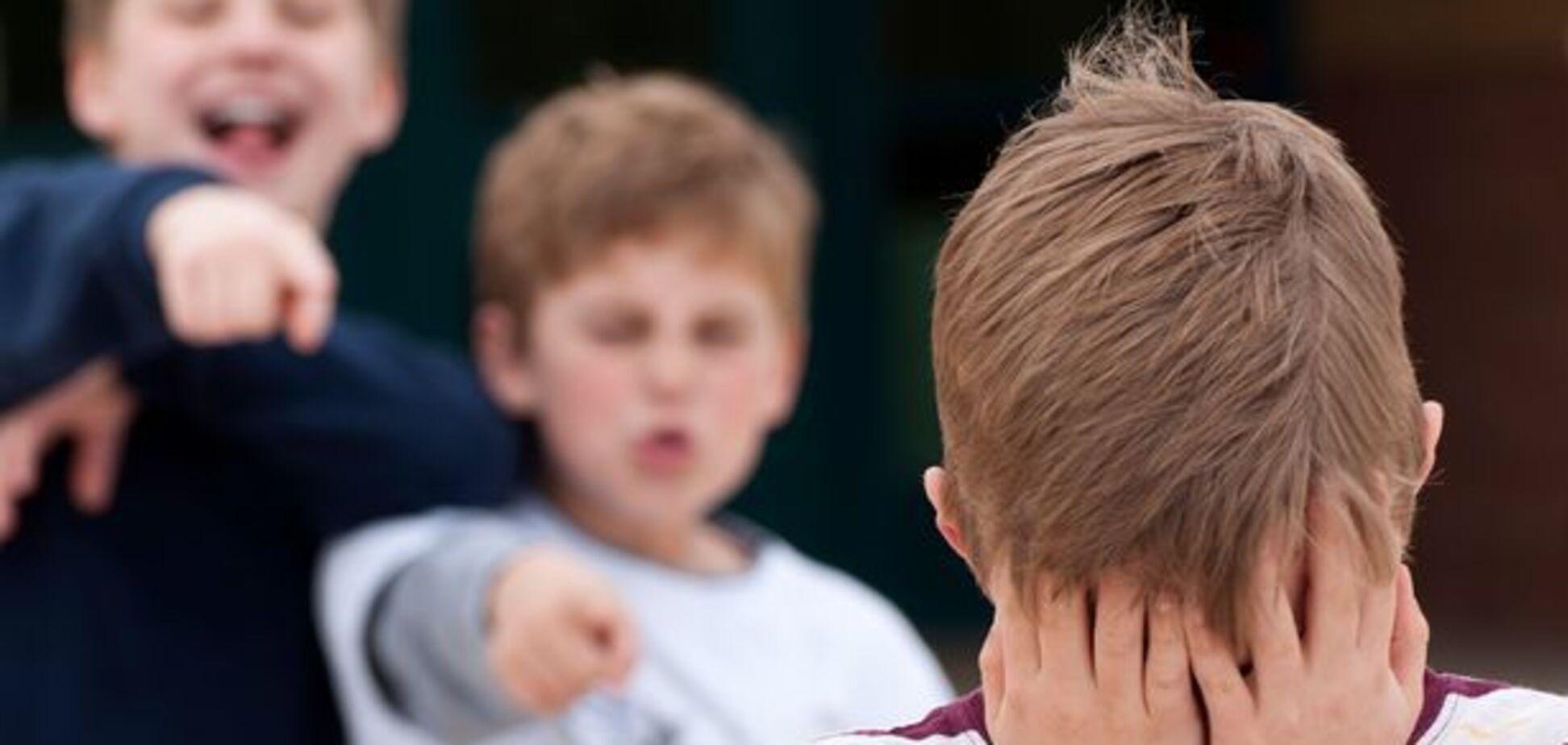 Кожен другий школяр стикається з булінгом: інструкція по вирішенню конфлікту