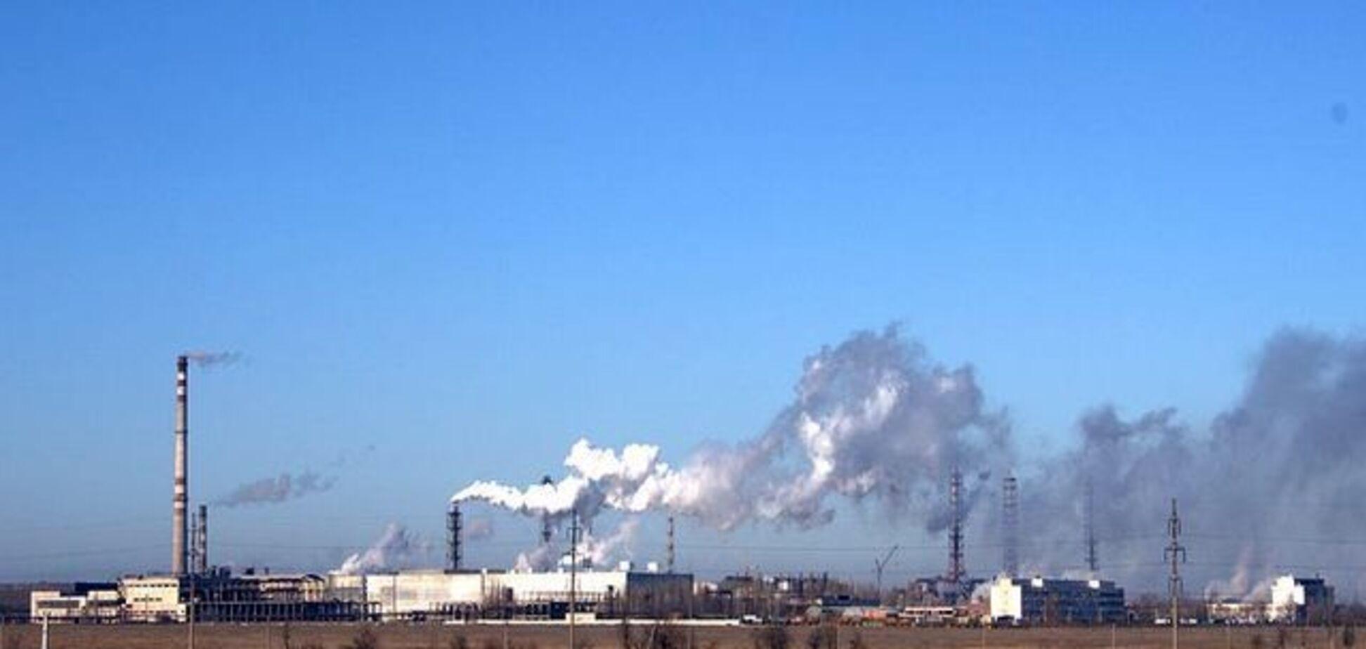 'Может вызвать смерть': в Крыму город накрыло 'химическое облако'