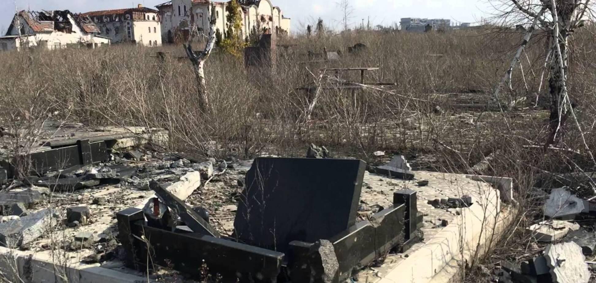 'Везде гадко': в Донецке рассказали, как оккупанты устроили бизнес на могилах