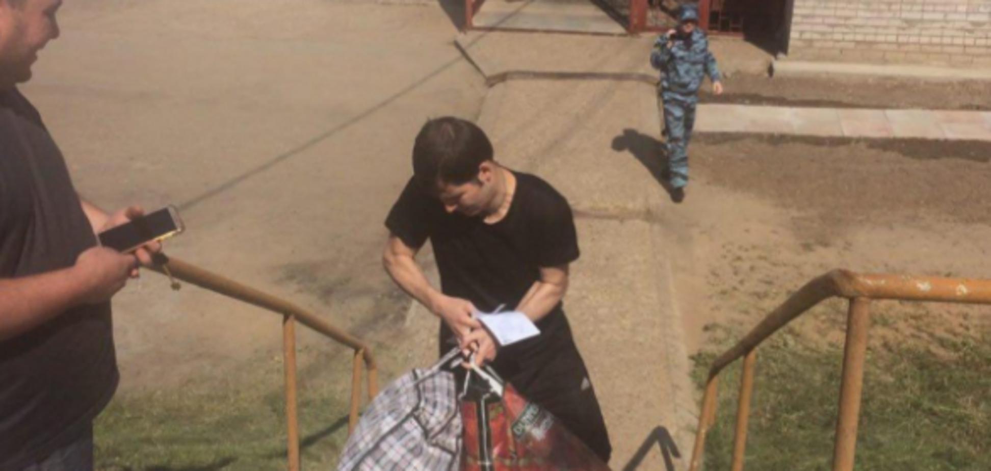 'Он большой молодец!' Порошенко поговорил с освобожденным узником Кремля