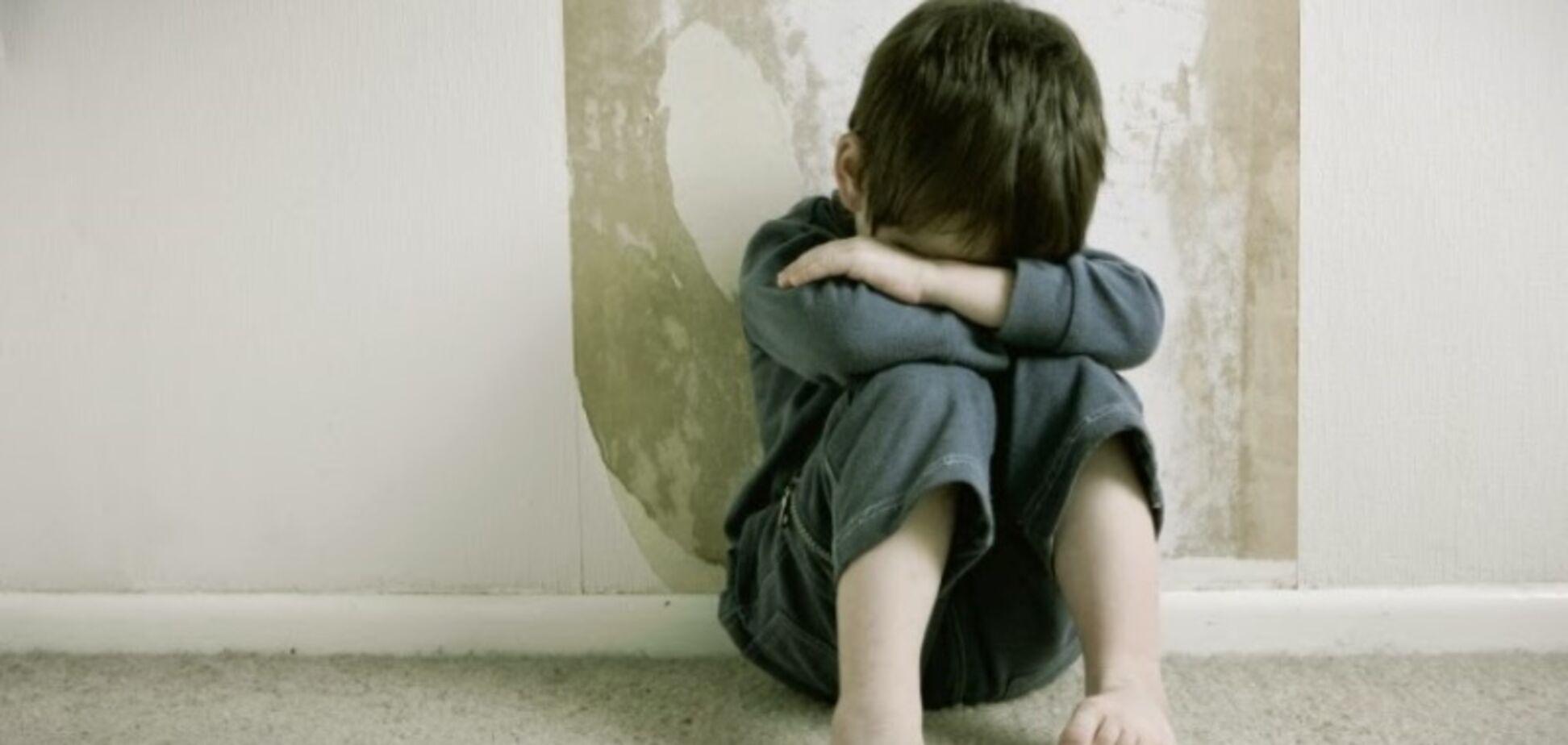 Развратил 700 детей: появились жуткие подробности о педофиле с Сумщины