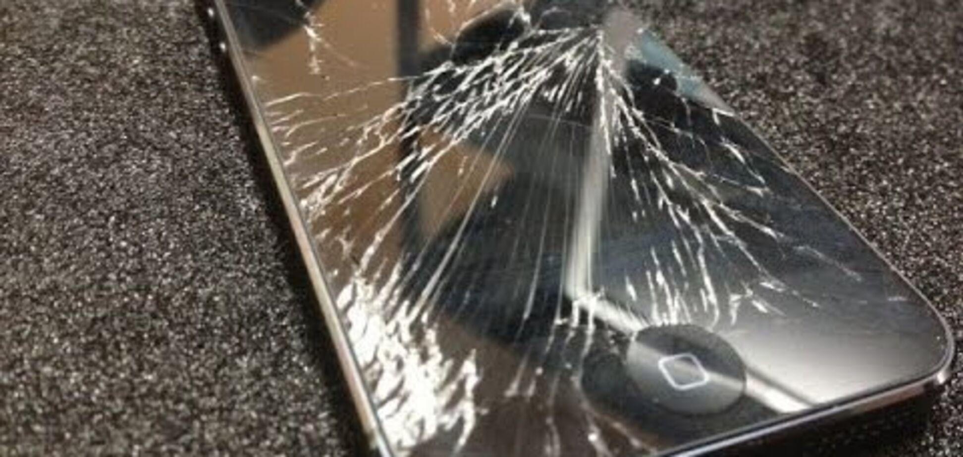 'В морду ему': во Львове на женщину напали из-за съемок видео для YouTube