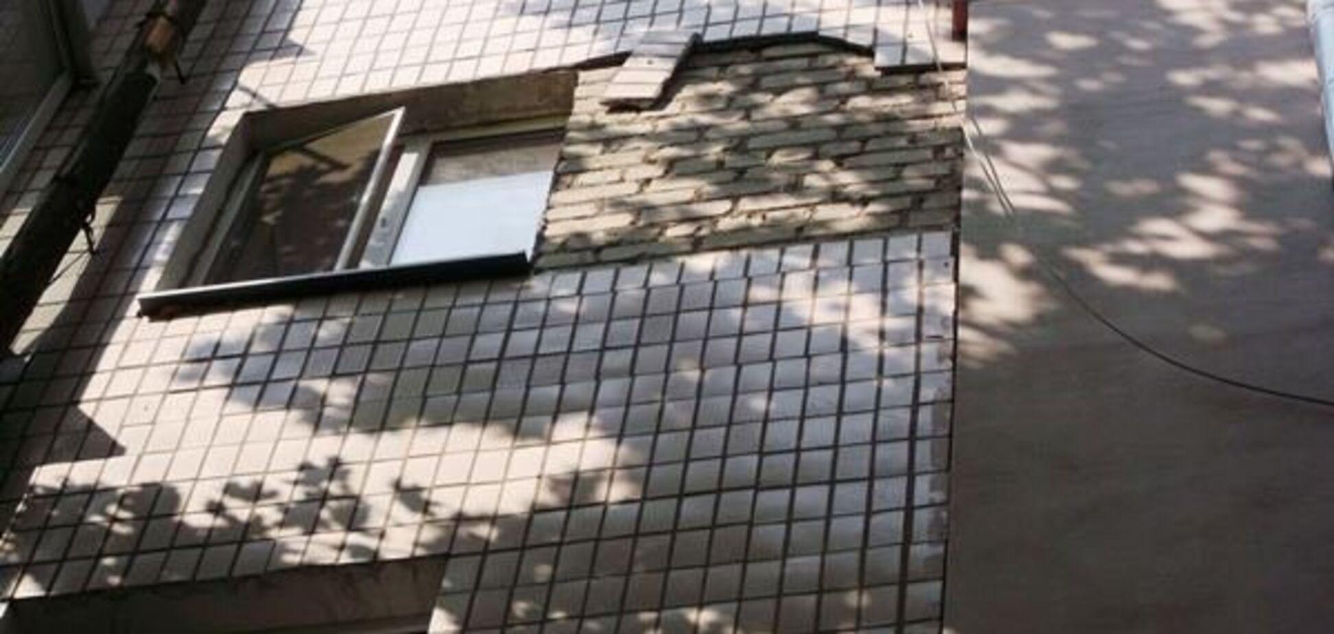 'Падает на голову': СМИ показали, как центр Херсона разваливается на части
