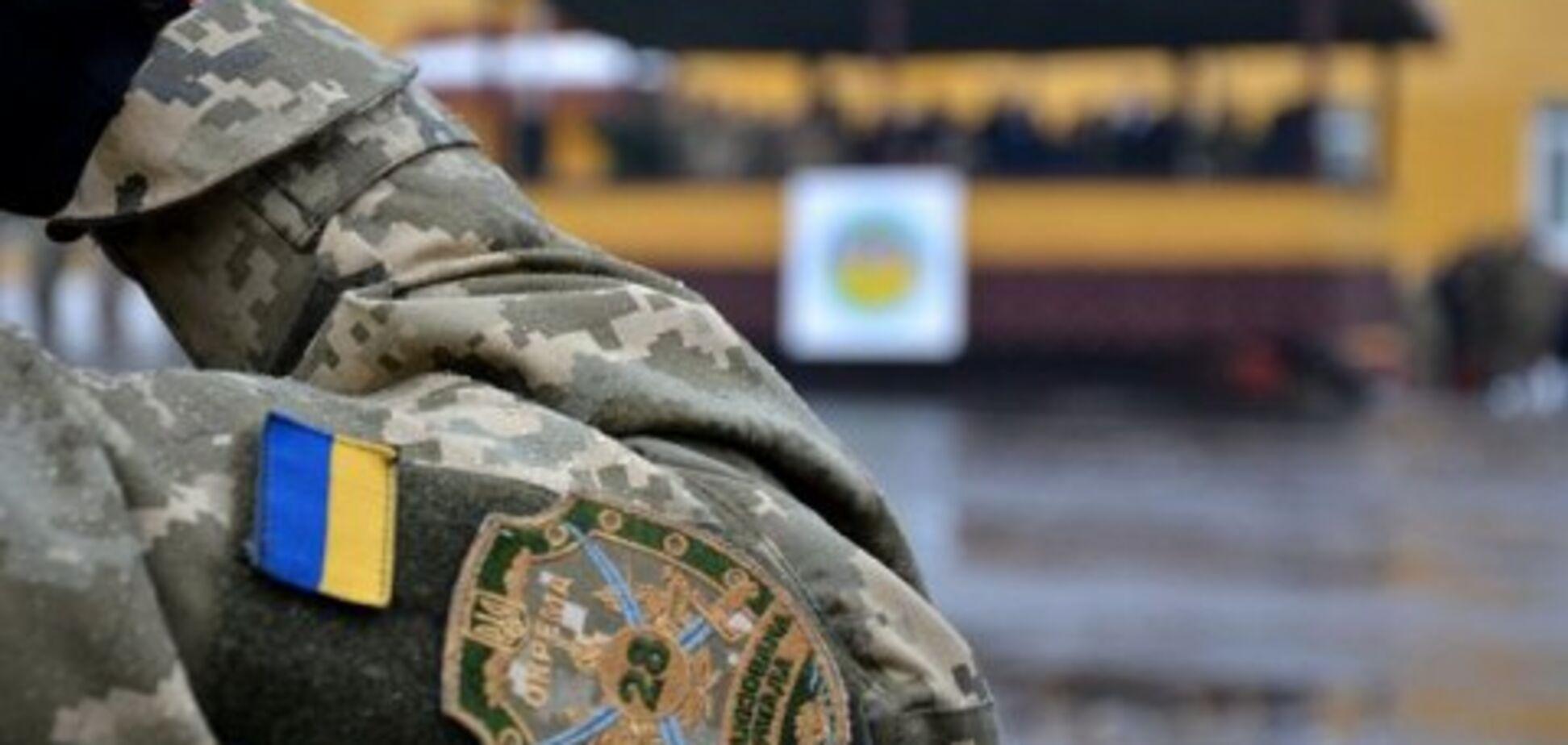 Залишив записку: з'явилися подробиці самогубства українського військового