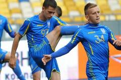 Футболист сборной Украины приостановил выступления за команду Шевченко