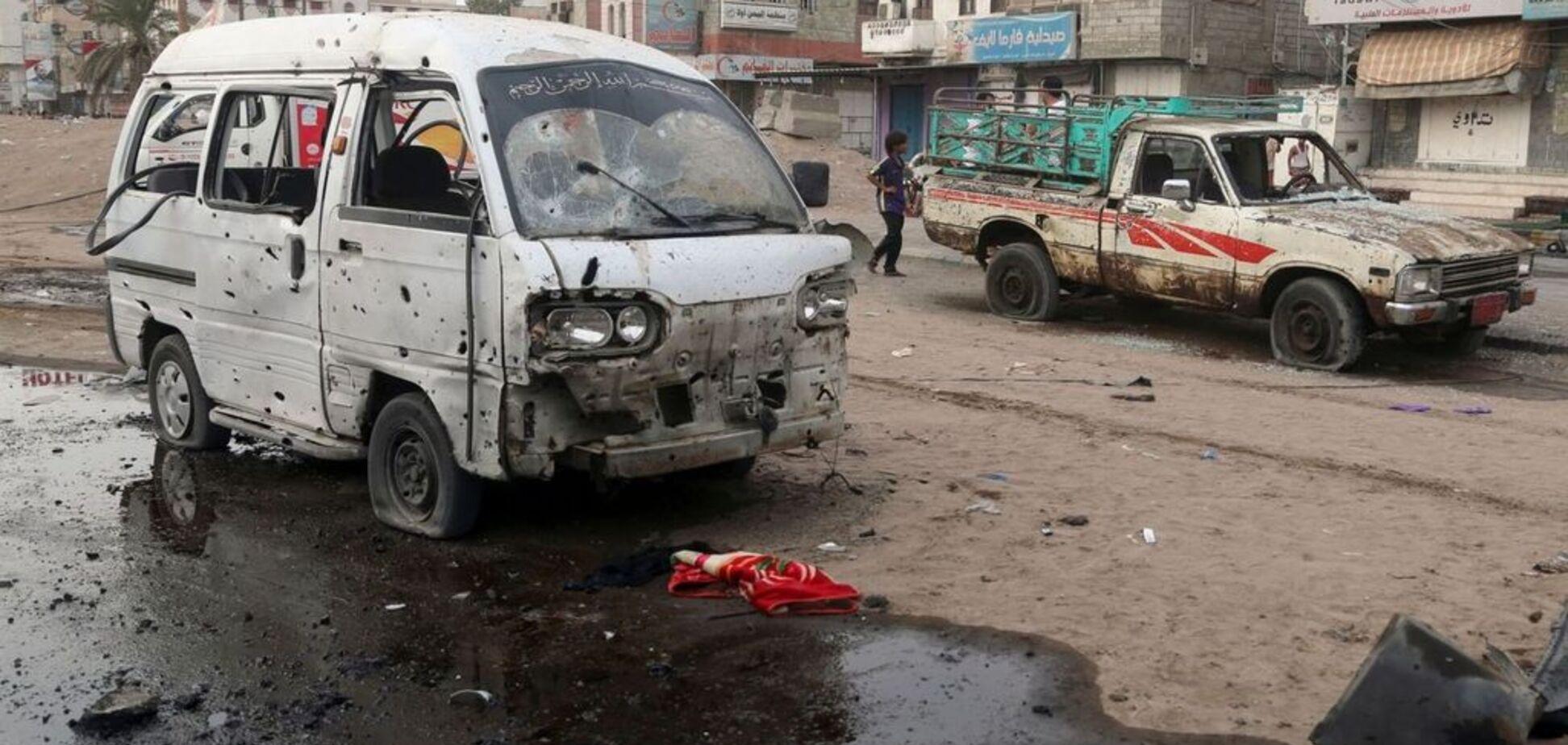 У Ємені автобус із дітьми потрапив під авіаудар: десятки загиблих