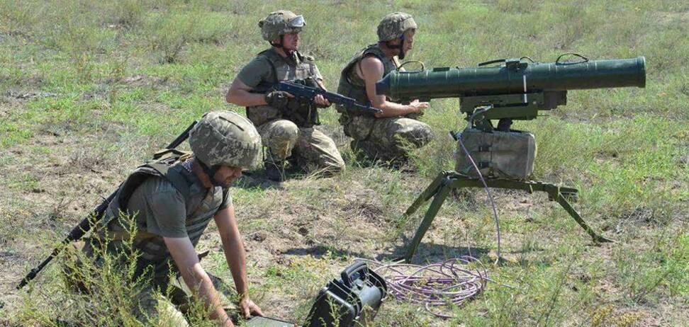 ВСУ перебросили войска и технику в Азовское море: что происходит