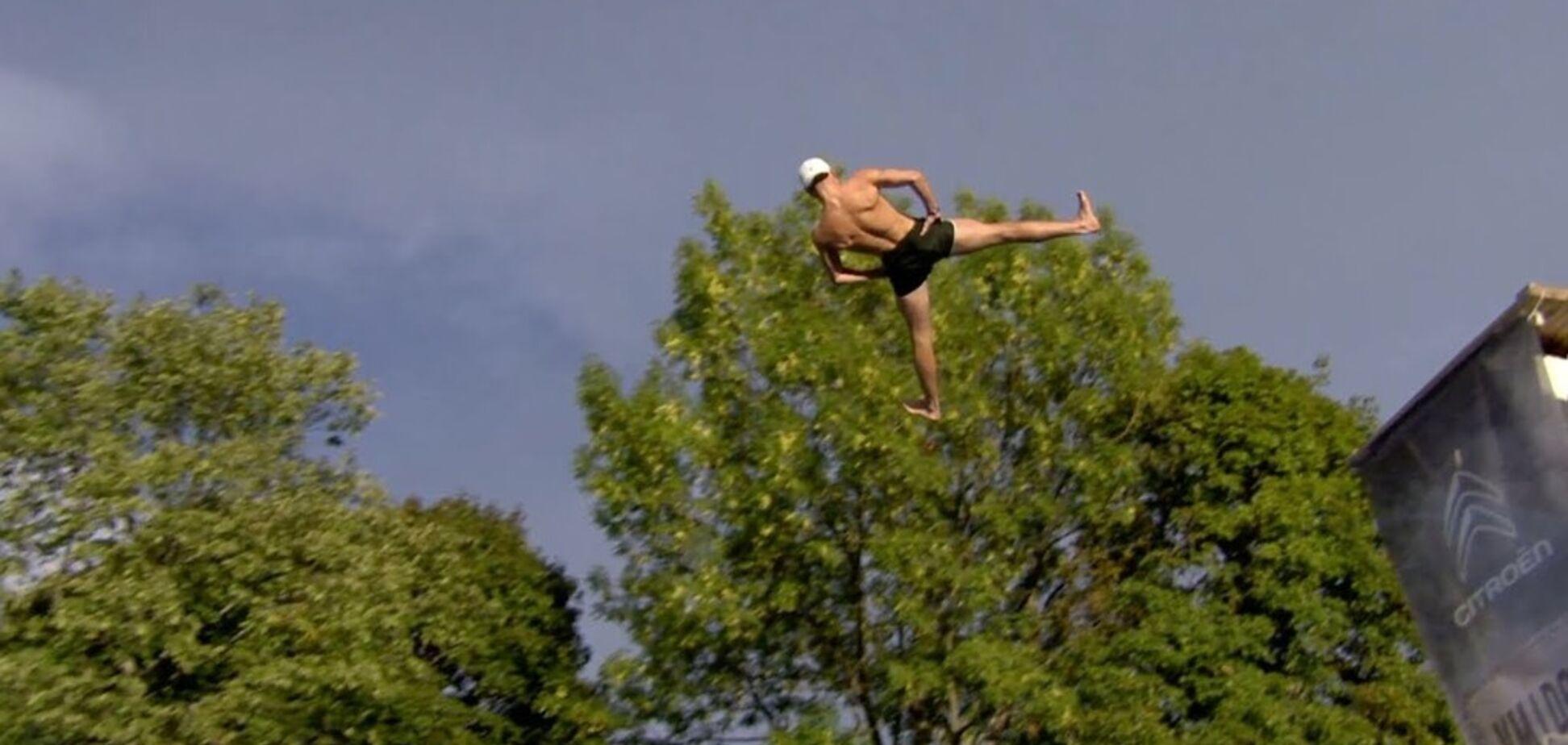 ''Смертельные'' прыжки: состоялся самый необычный чемпионат мира - видеофакт