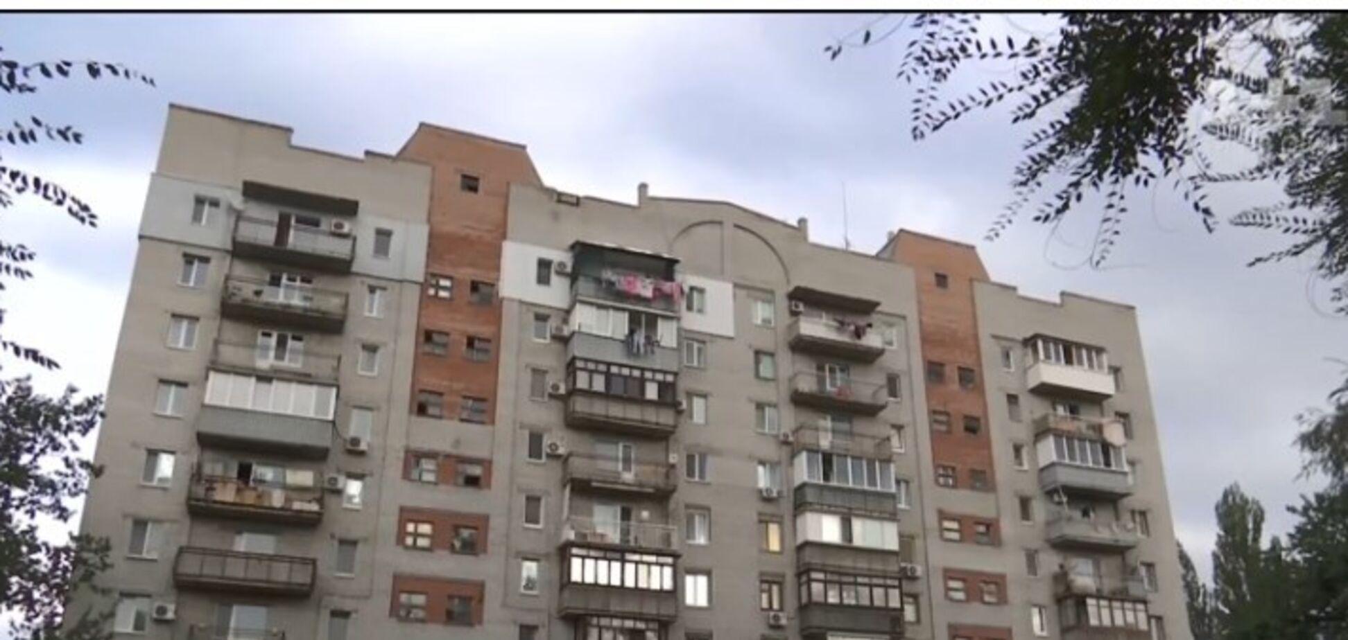 ''Ангелы-хранители спасли'': в Днепре ребенок чудом выжил после падения с 10-го этажа