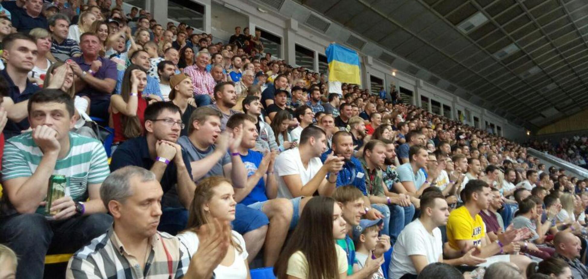 Сборная Украины по баскетболу собрала аншлаг в Киеве
