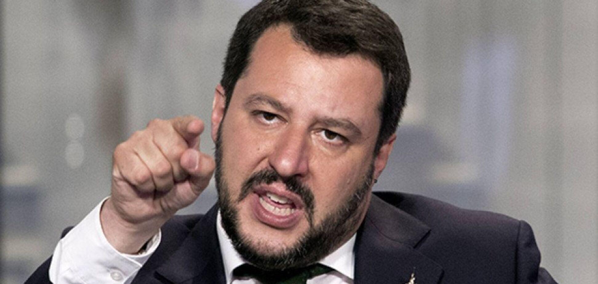 ''Виглядає безглуздо'': віце-прем'єр Італії знову підіграв Путіну