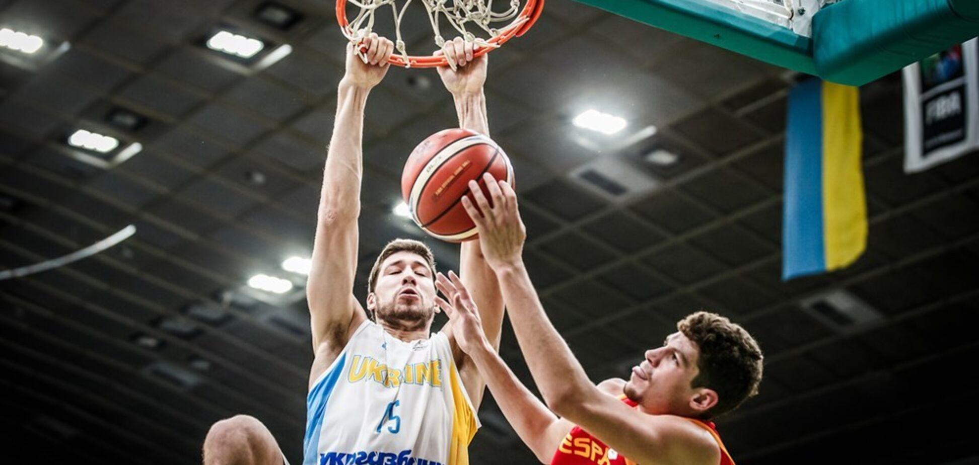 Момент с участием сборной Украины вошел в топ-5 КМ по баскетболу