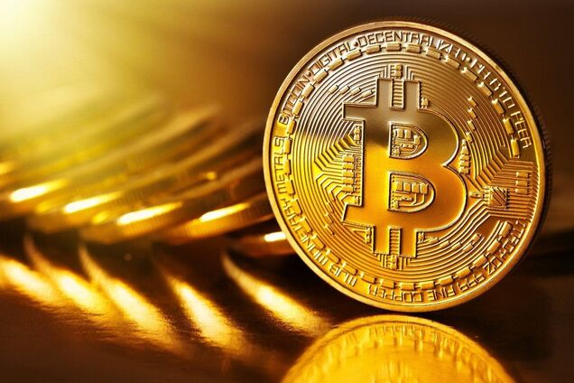 "Резкий обвал криптовалют: ""биткоин-оракул"" озвучил прогноз на полгода"