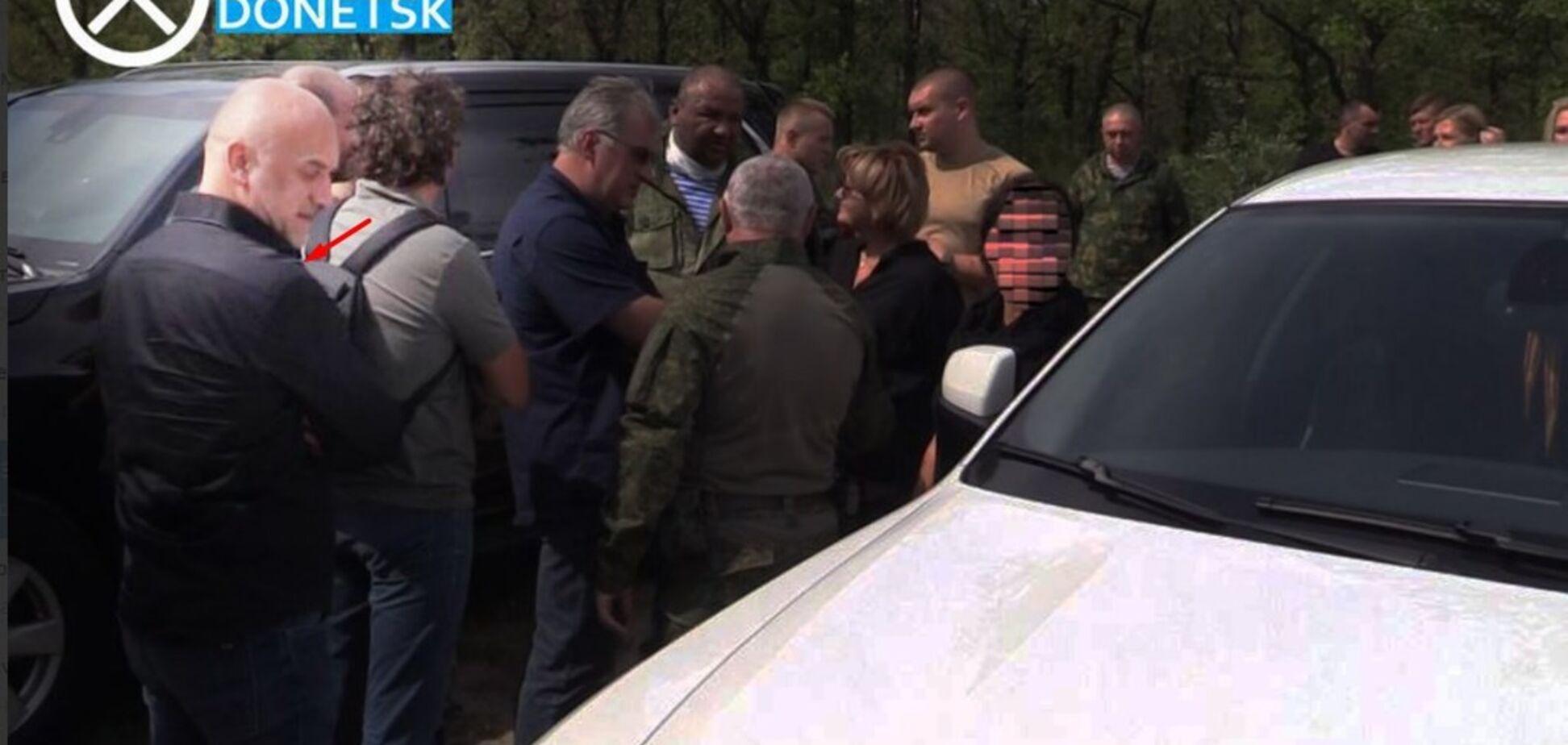 Вывозил рубли и доллары: стало известно, как Прилепин ''кинул'' террористов на Донбассе
